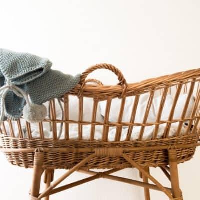 Empty cradle due to miscarriage